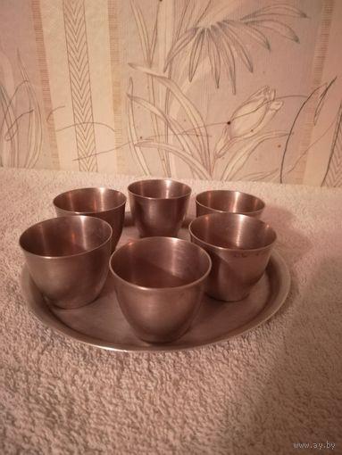 Набор столовый(блюдо и 6 рюмок) мельхиор