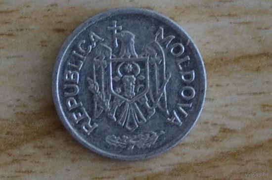 Монета 10 бани 2011 года молдова паста flitz