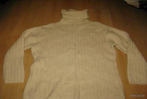 Шерстяной свитер 46-48
