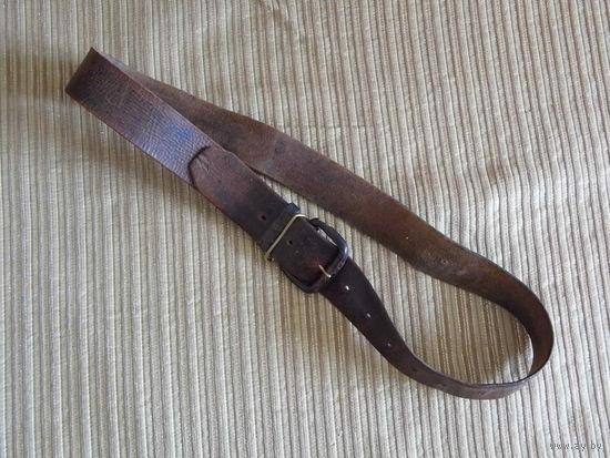Старинный ремень из крепкой кожи винтажный одношпеньковый