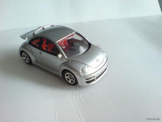 Bmw  vw new beetle rsi  1\57 жук серебристый перламутр. металл  распродажа коллекции