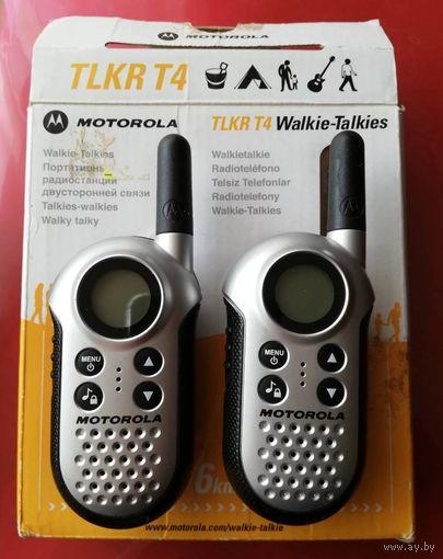 Портативная радиостанция Motorola TLKR T4 две.
