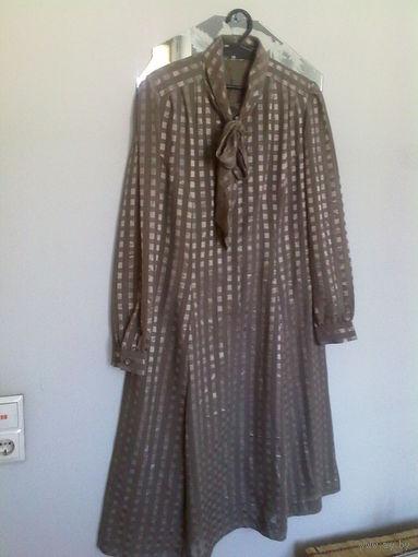 Платье шелковое. р.50-52