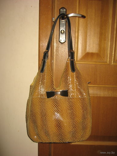 Кожаная сумка Vellina Fabbiano осенней расцветки