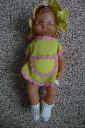 Кукла в желтом платьице(ГДР)