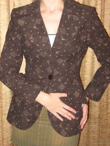 Пиджак женский фирменный
