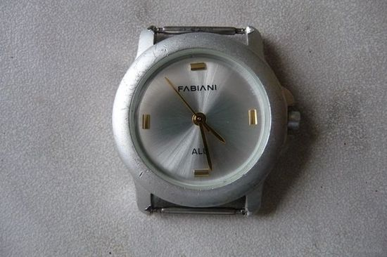 Часы наручные кварцевые (Германия)