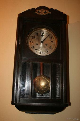 Часы настенные старые рабочие