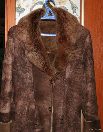Натуральная дубленка из кожи и меха ламы.