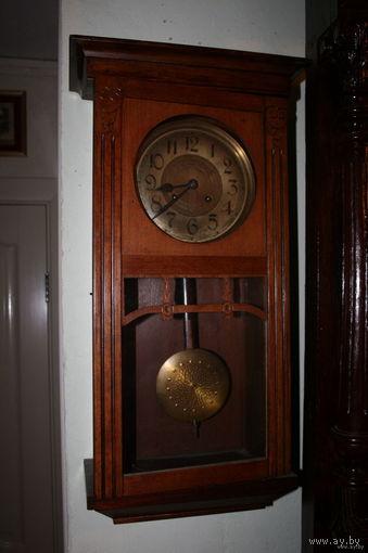 Часы настенные старинные рабочие