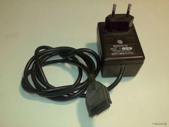 Блок питания (сетевой адаптер) BENEFON, 8V, 2A