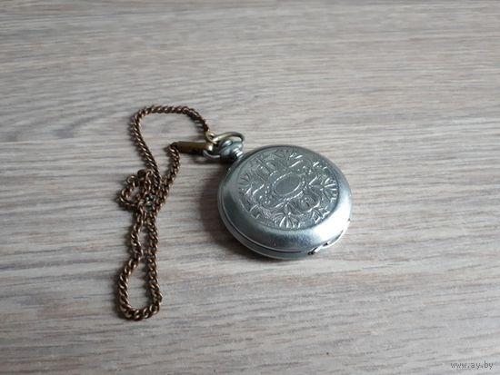 Карманные часы Молния. Механика, СССР
