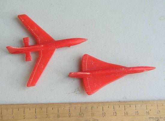 САМОЛЕТ ИЛ-62 и ТУ-144 пластик произведено в СССР