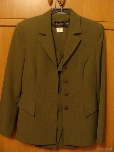 Костюм женский, р.44-46, пиджак+юбка+брюки