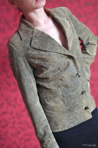 Курточка-пиджак, 44 р-р