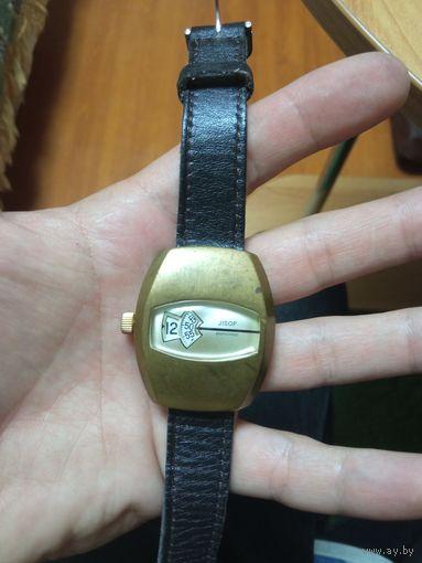 Часы jisop , 1970 гг, очень редкие, крупные,не на ходу с рубля
