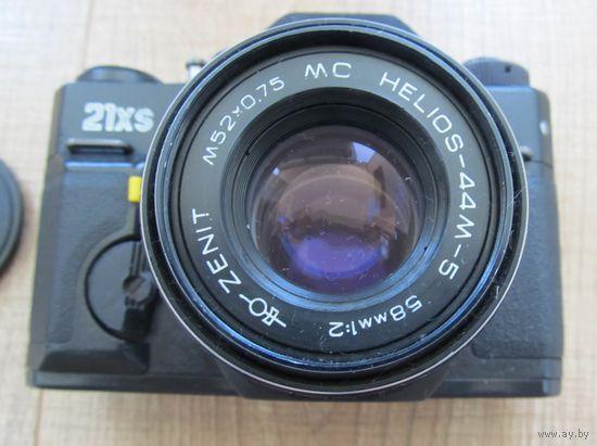 Фотоаппарат ZENIT 21XS с объективом Helios 44м-5,СССР,С РУБЛЯ
