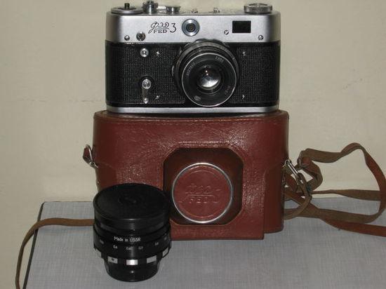 ФЭД - 3 (с запасным объективом)