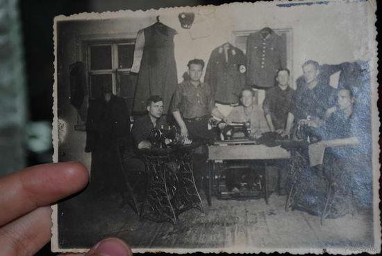 """Фотография и открытка периода """"РЕЙХ"""" - исключительно для коллекции, никакой пропаганды."""