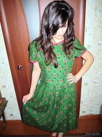 Платье в модно зелёном цвете. Тренд этого годадля тебя хорошенькой р. 46-48