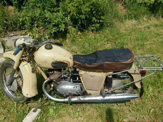 Матоцикл Иж П2