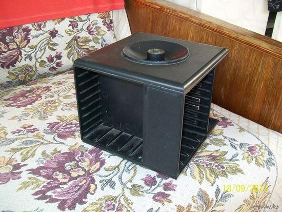 Блок для магнитофонных кассет