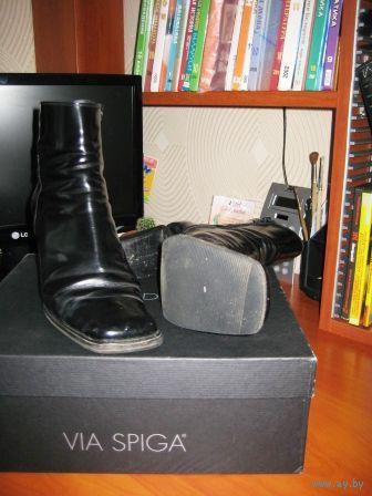 Фирменные ботинки.Чистая кожа с блеском.  р.38.-38.5