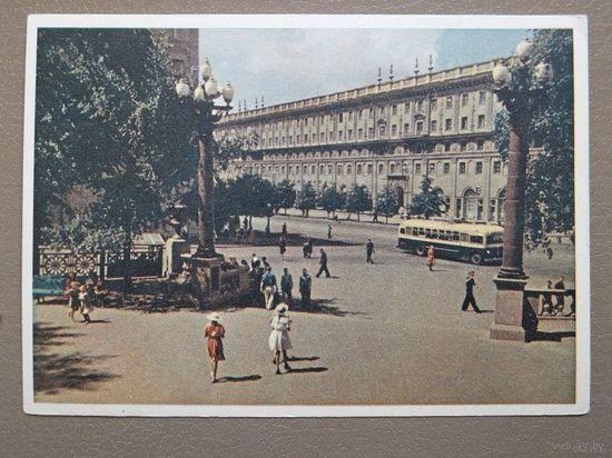 Минск вход в сквер 1959